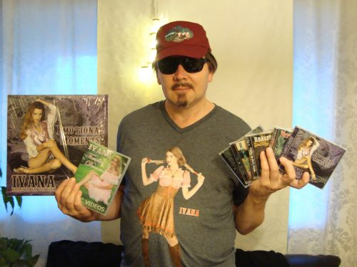 6 CDs + 2 Blu-rays + 2 LPs + 1 DVD (Physical) photo review